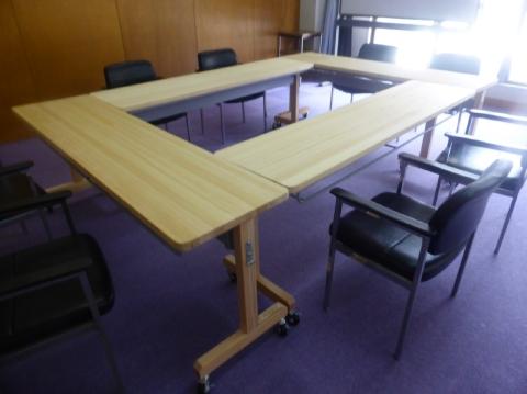 会議用テーブル使用例